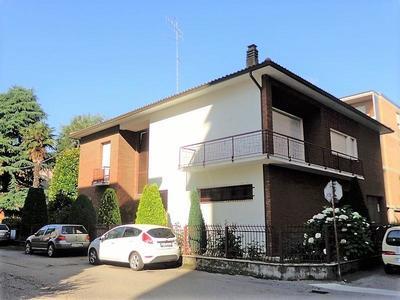 Villa bifamiliare Faenza (RA) Periferia Monte